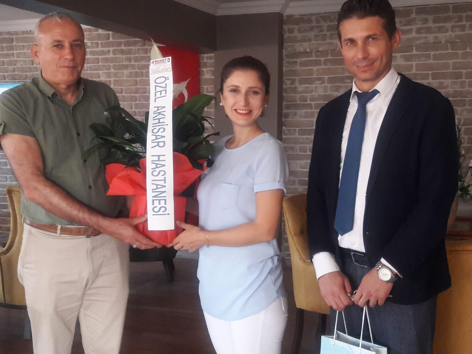 Özel Akhisar Hastanesi,Türkiye Emekli Astsubaylar Derneğini (TEMAD) yeni yerindeziyaret etti.
